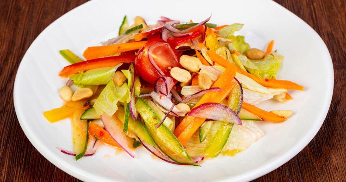 ירקות ברוטב בוטנים אסיאתי